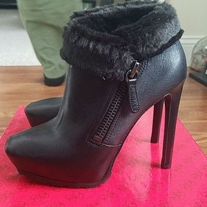 Black leather and faux fur boots